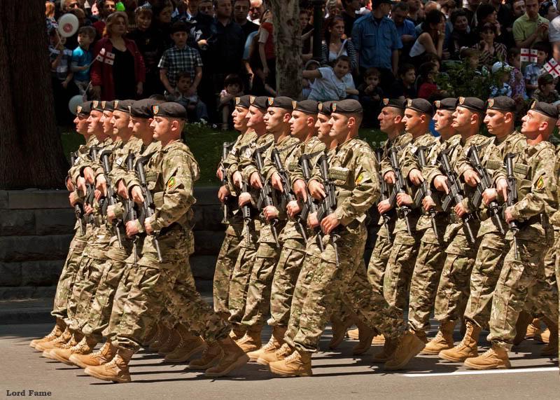 Военный парад в Тбилиси