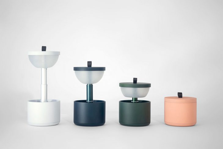 YUUE Design Studio designed Bento, an interactive portable lamp. To turn on the lamp is as intuitive