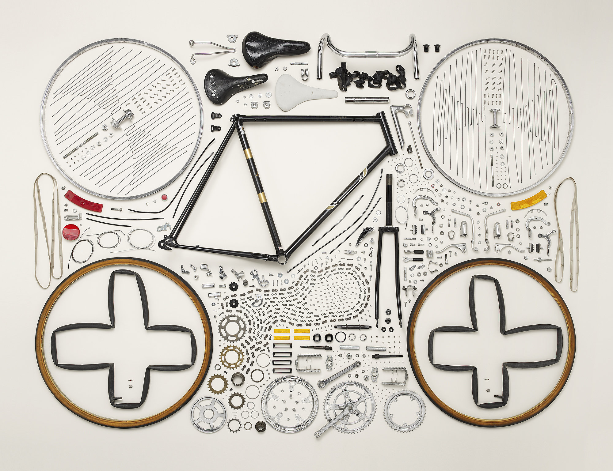 Things Come Apart by Todd McLellan (10 pics)