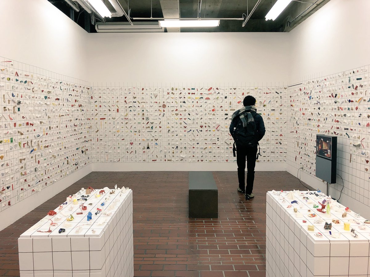 Japanese Tip: An Exhibition of 8,000 Chopstick Sleeve Sculptures Left Behind at Restaurants (7 pics)