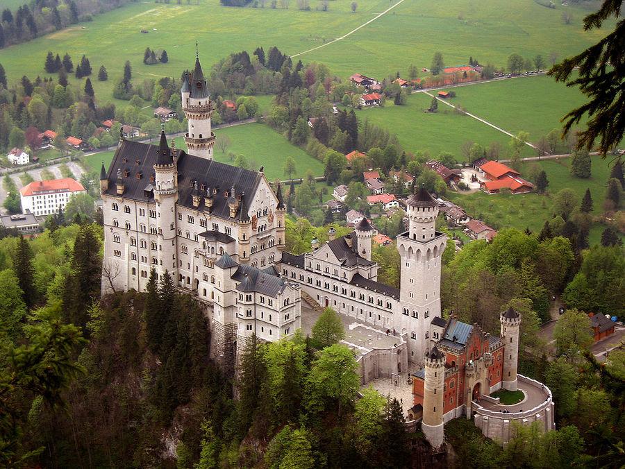 Самостоятельно замок Нойшванштайн и замок Хоэншвангау Бавария Германия