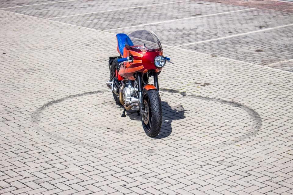 Tondo Garage: нео кафе рейсер Yamaha XV1000 Virago Akatombo