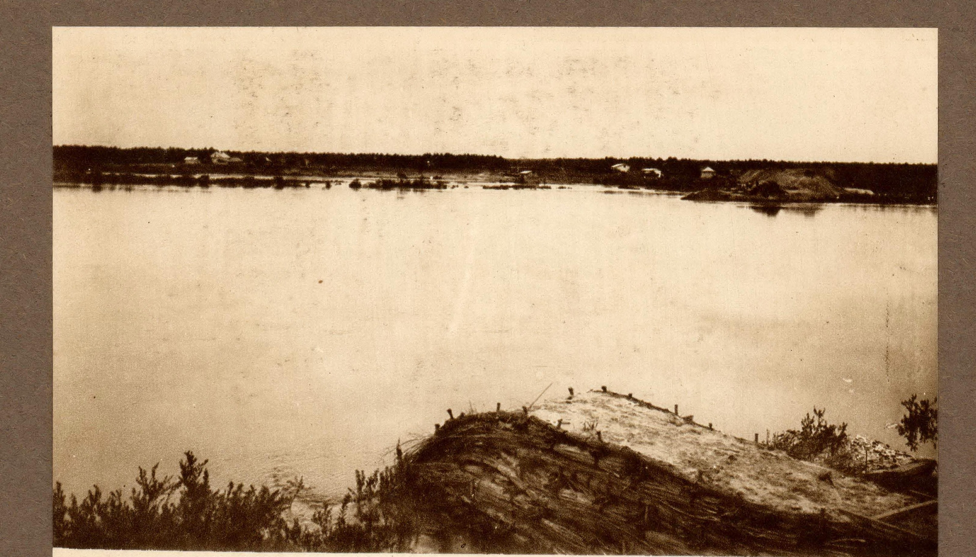 03. Река Томь, верста 478. Часть рошанных укреплений водобойными плотнами левого берега у железнодорожного моста