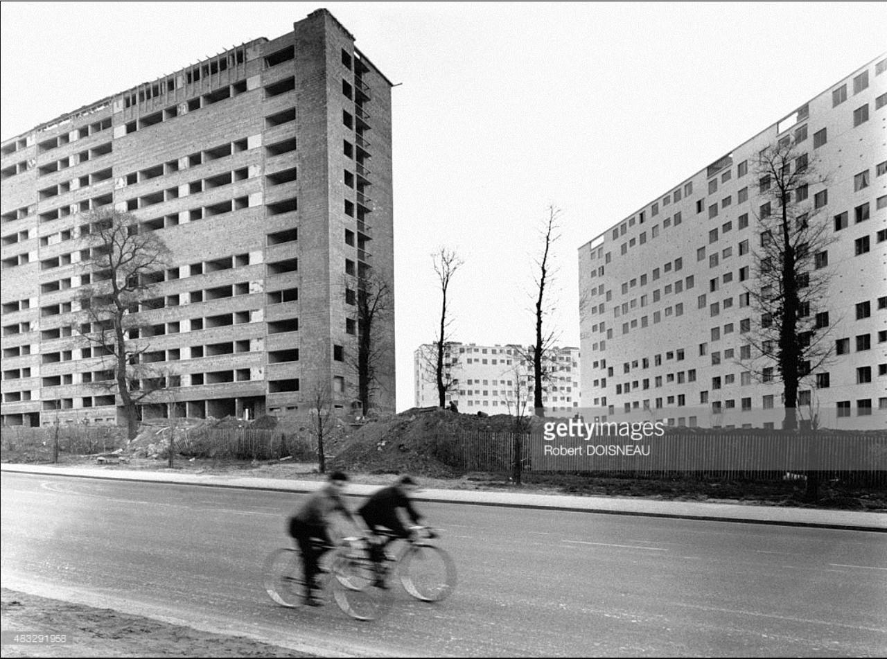 Жилые здания в Фресне, Валь-де-Марн