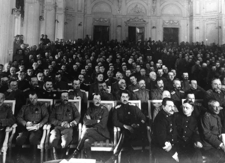 Заседание Съезда офицерских депутатов в Таврическом дворце Петроград,  8 мая 1917
