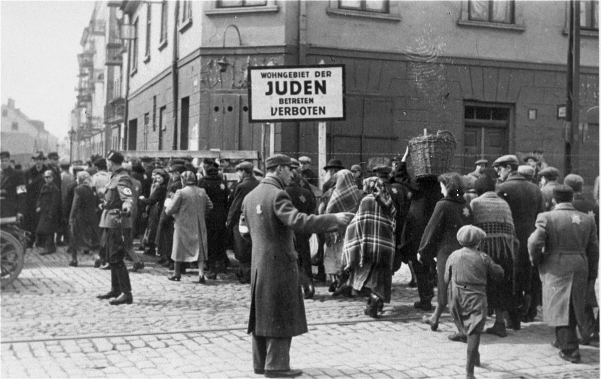 WEB_Jewish-police-in-Lodz-ghetto.jpg