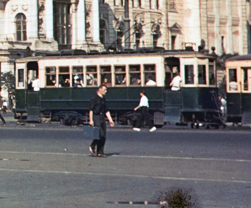 1939 Москва. Harrison Forman7 Трамвай.jpg