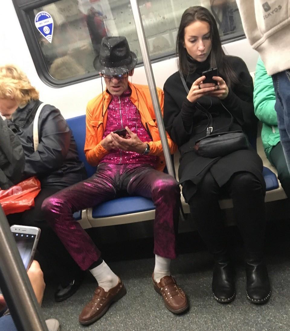 Как сделать фото в метро