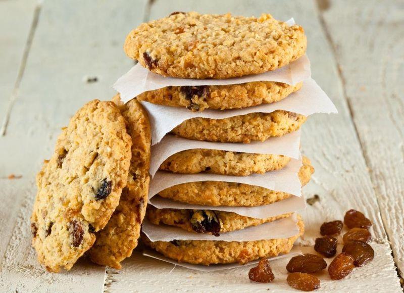 5. Домашнее овсяное печенье    Вам понадобится:     100 г сливочного масла