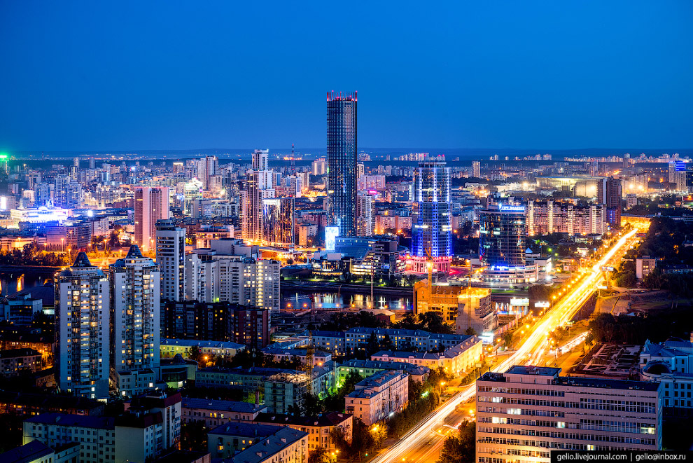 26. «Высоцкий». 54-этажный небоскрёб до строительства башни «Исеть» являлся самым высоким (188,3 м)