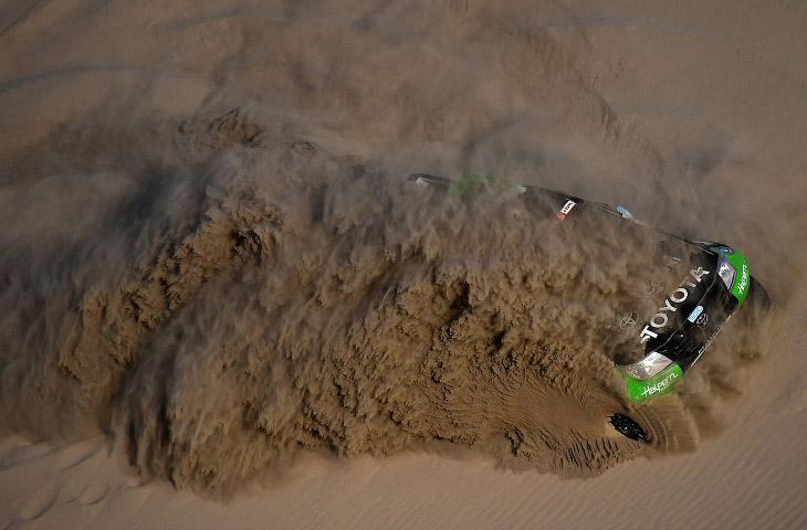 Ралли Дакар 2018: гонка в пустыне (30 фото)