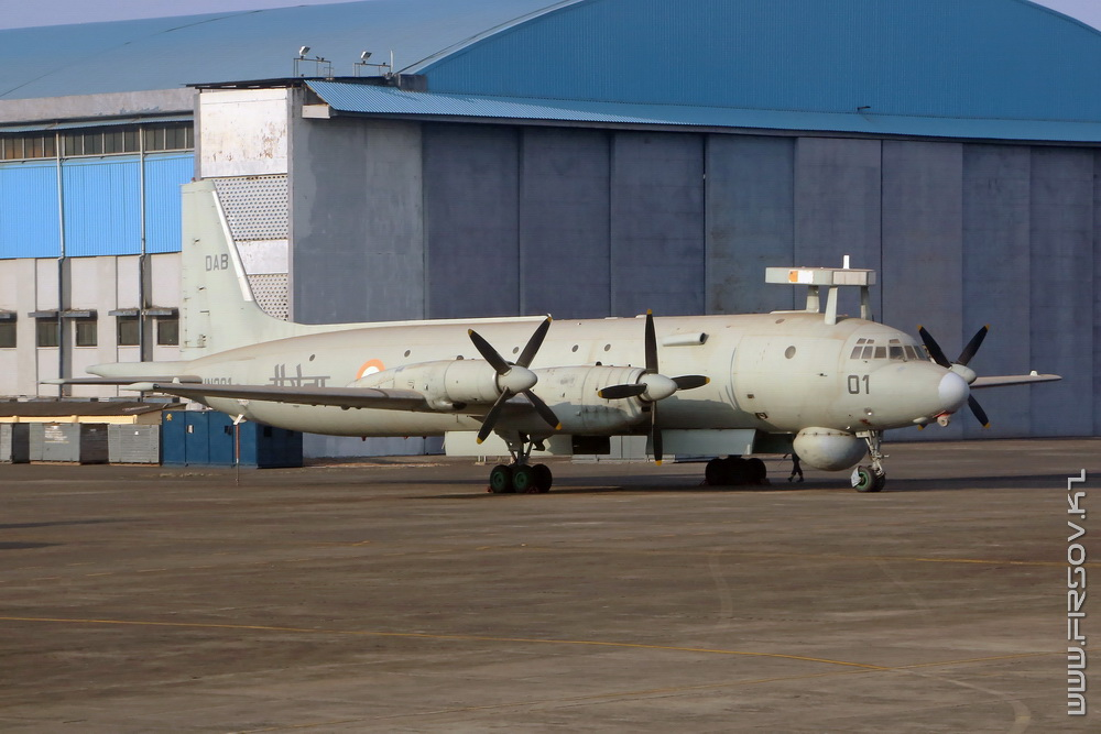 IL-38SD_IN301_Indian_Navy_2_GOI.jpg