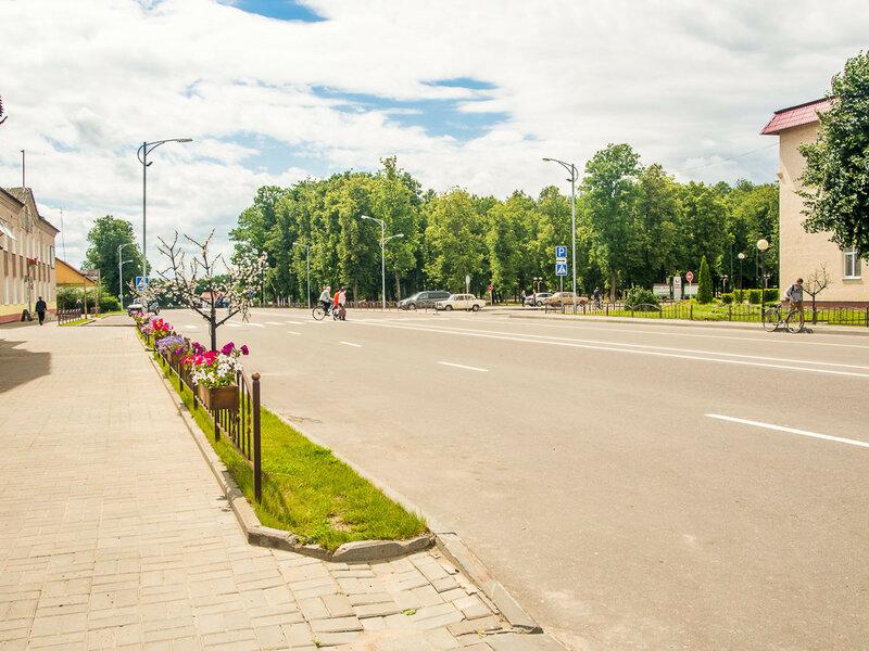 городок (только без велосипедного магазина).