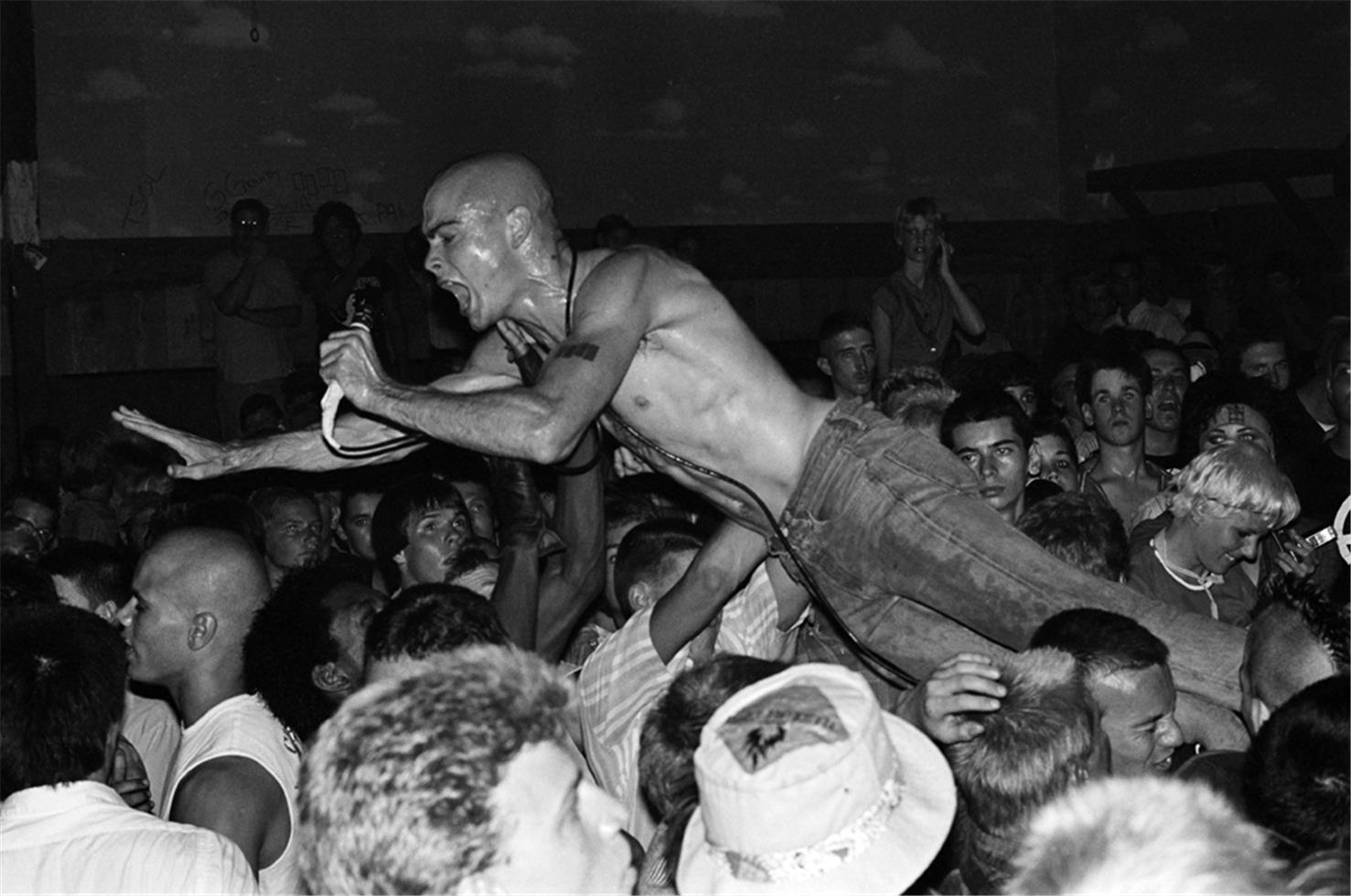 1981. «Black Flag»
