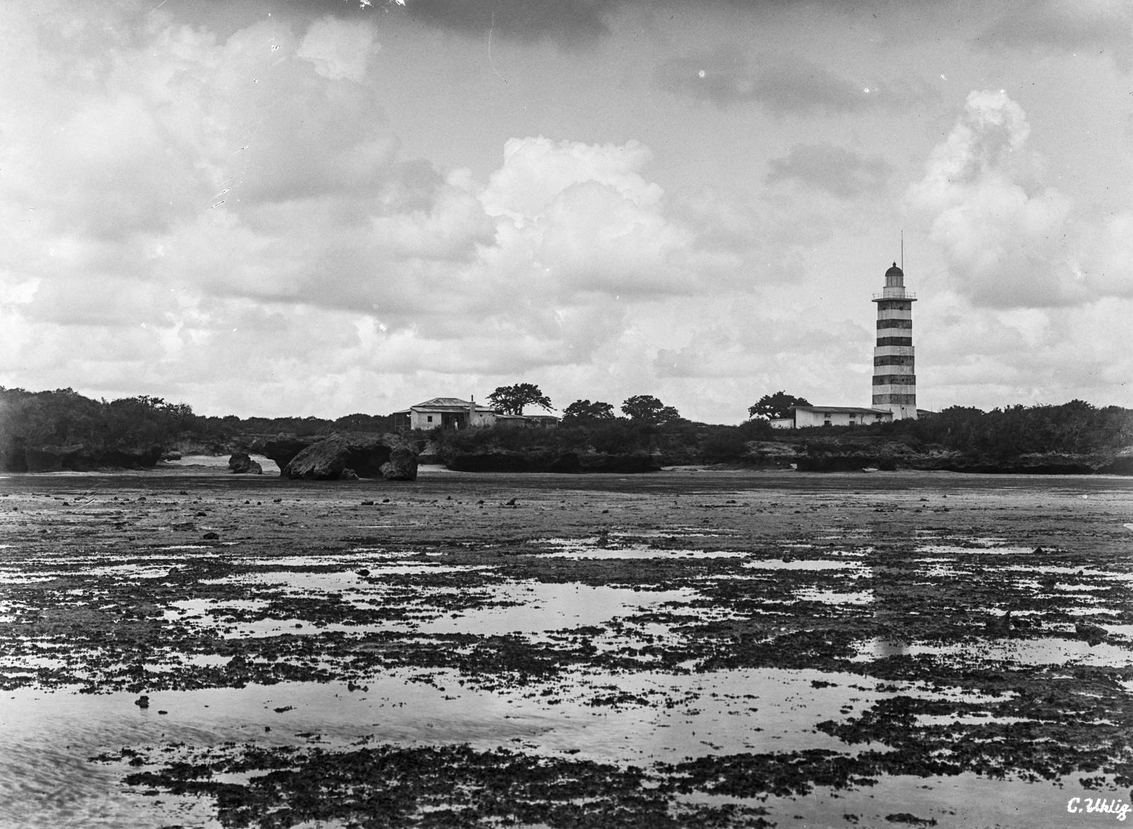 140. Маяк, построенный на острове Макатумбе в 1894 году