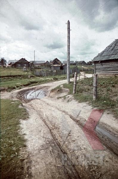 stock-photo-at-the-beresina-near-baryssau-russia-1942-11272.jpg