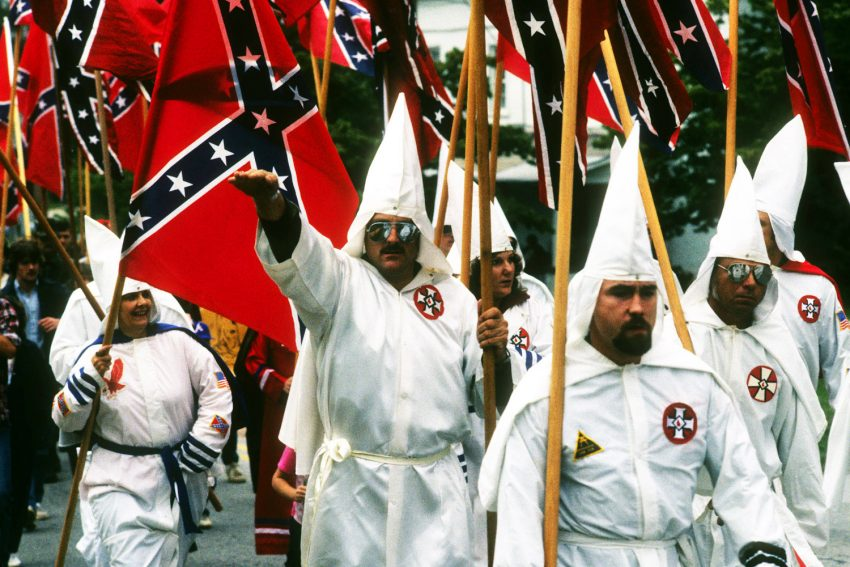 the-kkk-attended-the-nevada-caucus-just-to-support-good-ol-donald-trump-1-108518-850x567.jpg