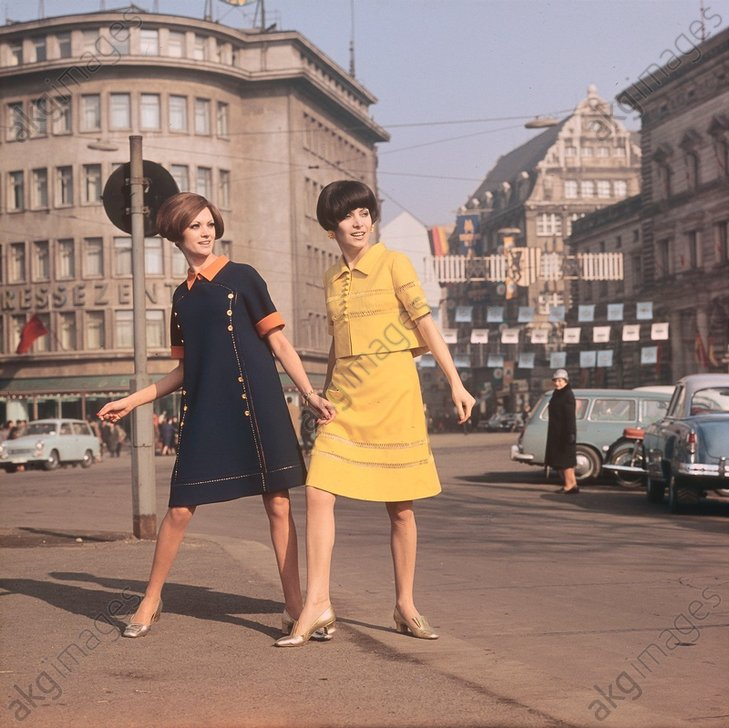 Sommerkleider / DDR/ Foto 1965 - Summer dresses / GDR / Photo 1965 -