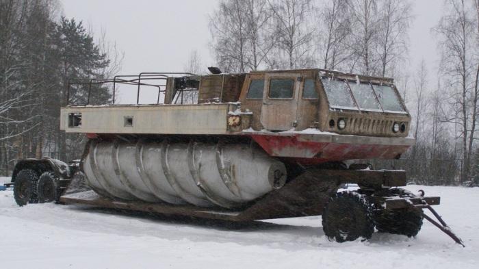 Для перемещения шнекохода ЗиЛ-4904 разработали специальный прицеп. | Фото: nlonews.ru. Шнекоход груз