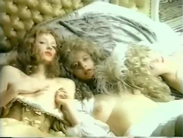 Ирина Аллегрова — «Войди в меня» (1995) 1995 год был для Аллегровой особенным: певица впервые стала