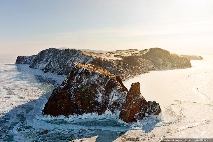 Фотографии Славы Степанова   Зимой Байкал замерзает целиком, кроме небольшого участка в 15—2