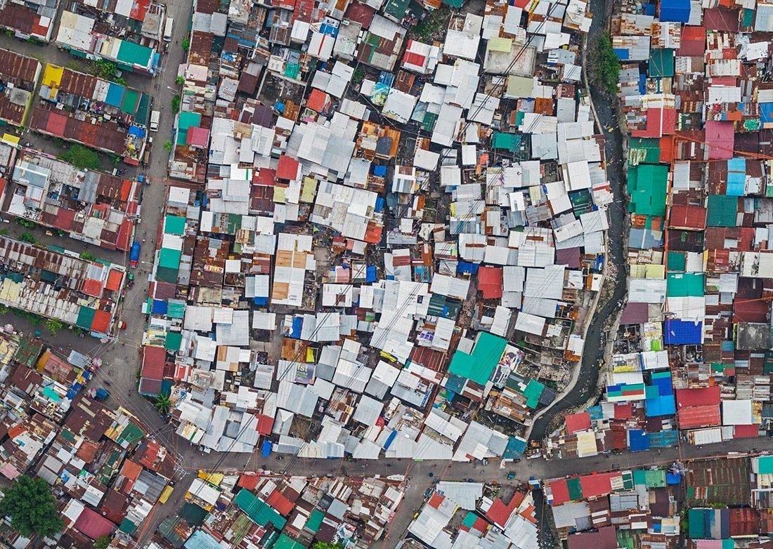 Аэрофото трущоб Манилы — самого перенаселенного города в мире (13 фото)