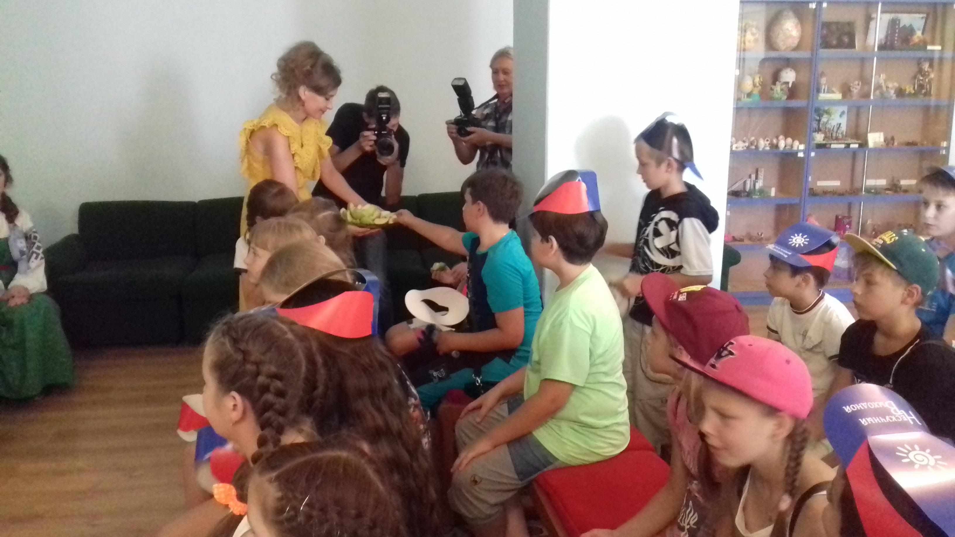 нескучный выходной, гуманитарная программа воссоединения народа донбасса, донецкая республиканская библиотека для детей, мероприятие для детей