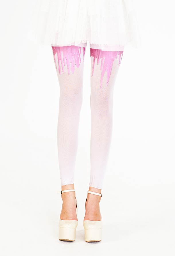 URB - The Flashy Dripping Tights…