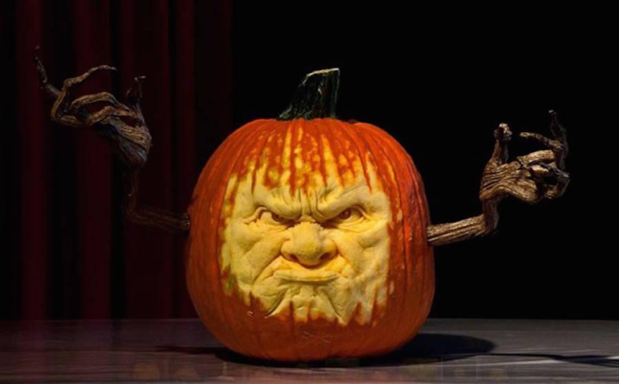 Amazing Halloween Carving Pumpkins