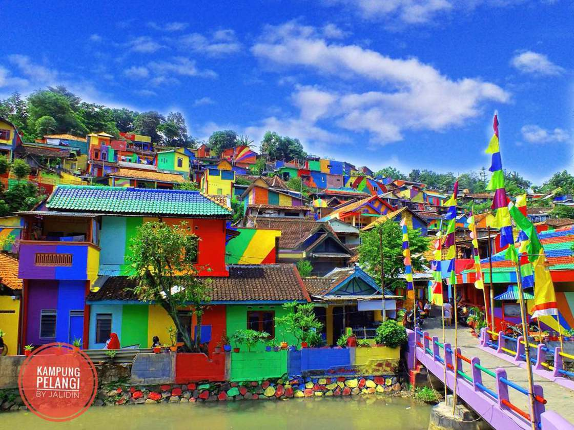 Rainbow Village – They painted the 232 houses of a small village! (11 pics)