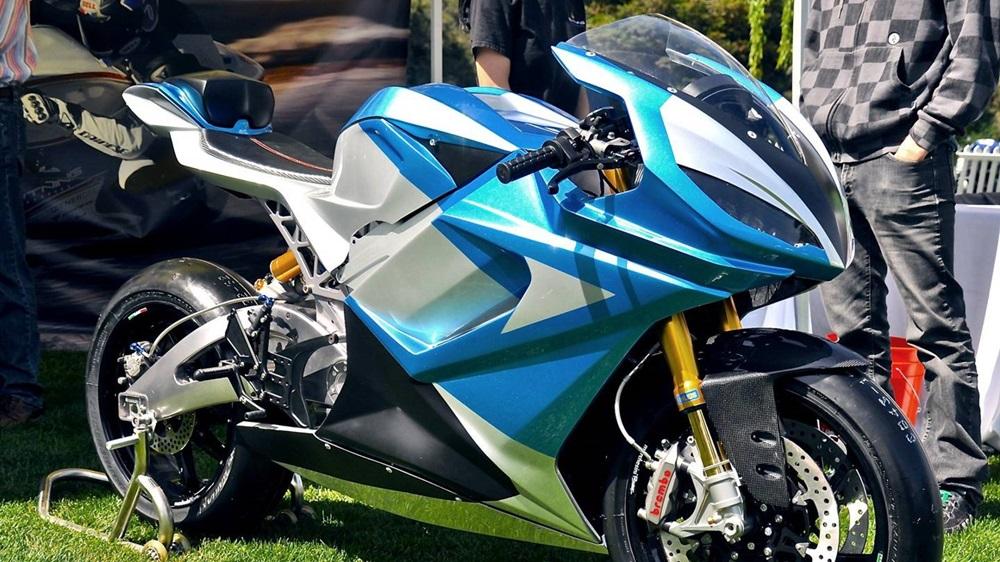 Компания Lightning планирует установить новый рекорд в категории электроциклов