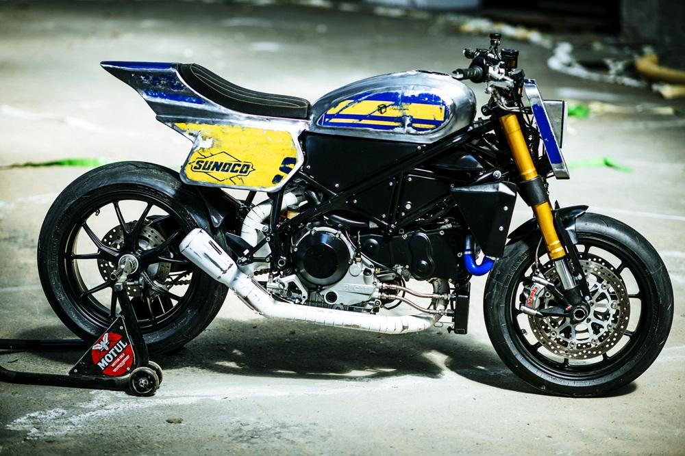 Vibrazioni Art Design: трекер Ducati 749 Raticosa