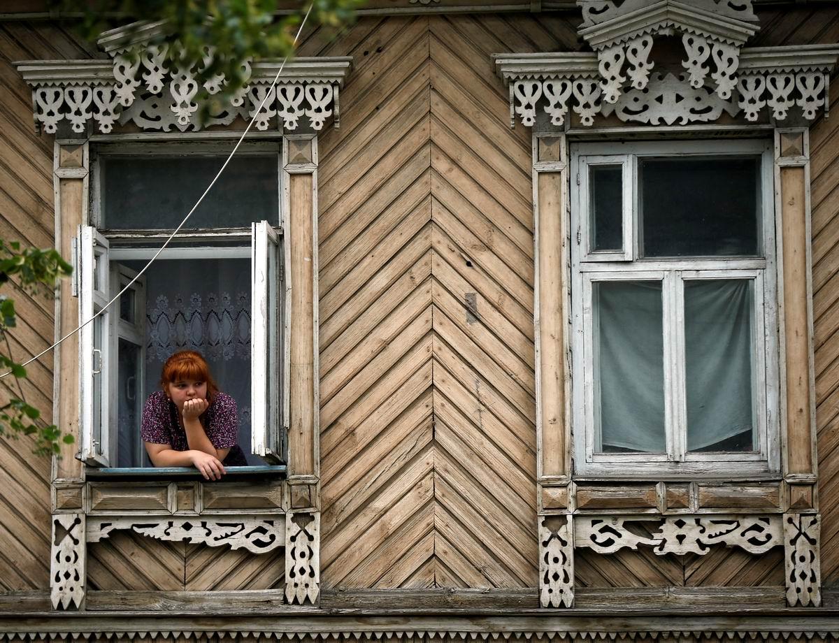 А я сижу, скучаю у резного окошка: Самарская девчонка