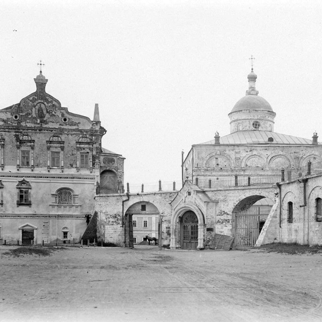 Кремль. Архангельский собор и Княжеский (Архиерейский) дом