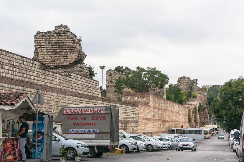 Стены Феодосия. Константинополь.