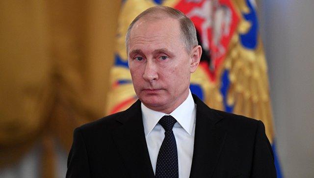 20180114_13-12-Путин сравнил коммунизм с христианством, а мавзолей — с хранилищем мощей