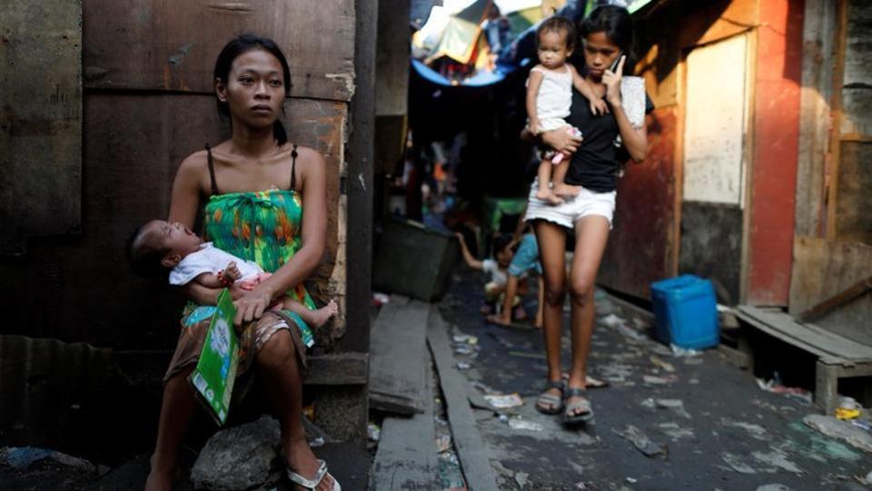 Ночная жизнь в трущобах Филиппин (11 фото)