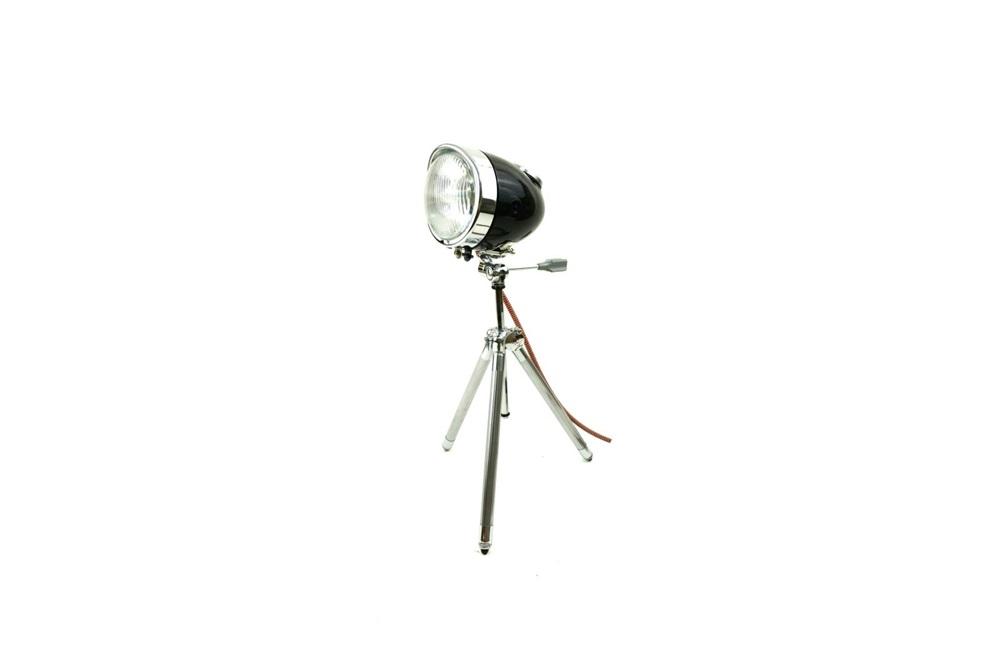 Настольная лампа из фары скутера
