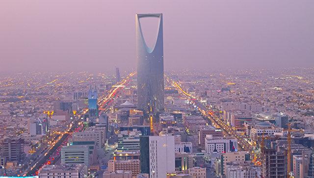 Жителям Саудовской Аравии добавили $260 в месяц из-за подорожания бензина