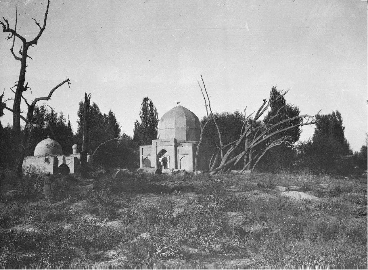 Мавзолей шейха Хавенди Тахура из Богустана
