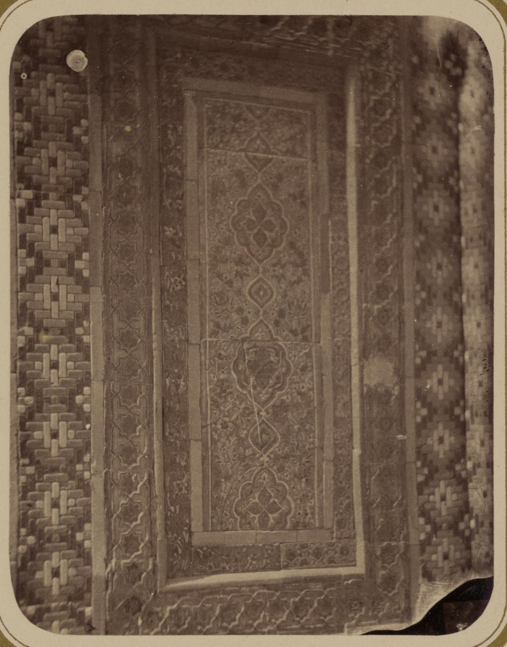 Мавзолей эмира Абу-Тенги. Фрагмент панели арочной ниши (верх)