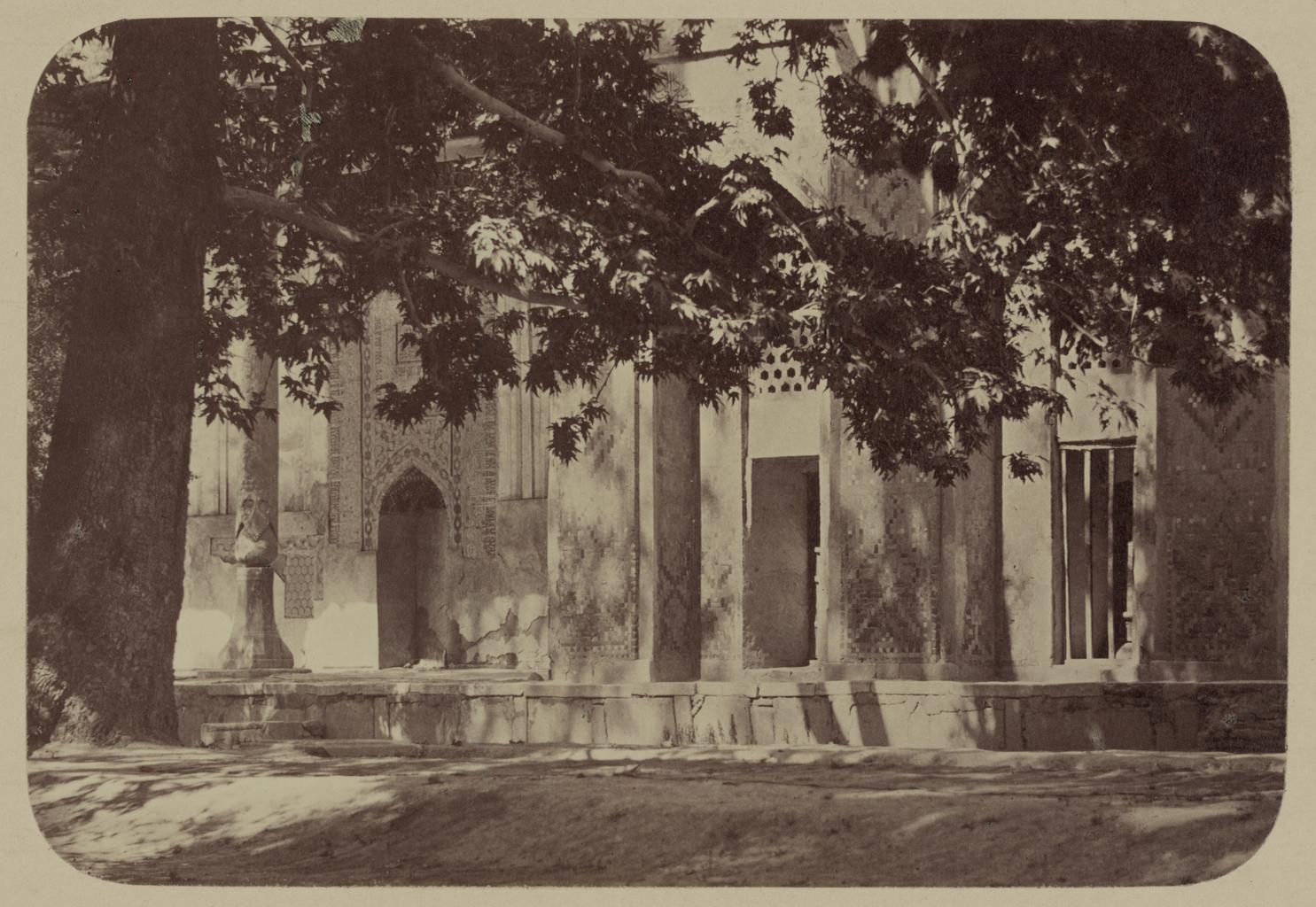 Мечеть Ходжа Ахрар. Вид на мечеть