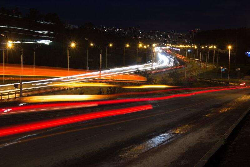 Ночные огни. Пересечение проспекта Салавата и улицы 50 лет СССР