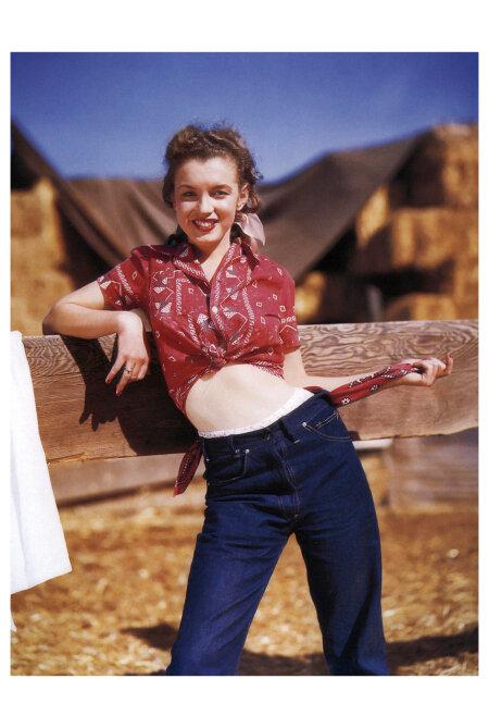 norma-jeane-northern-california-andre-de-dienes_oct-1945.jpg