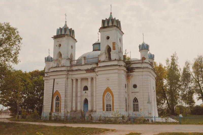 Село Великая Топаль: церковь Спаса Преображения