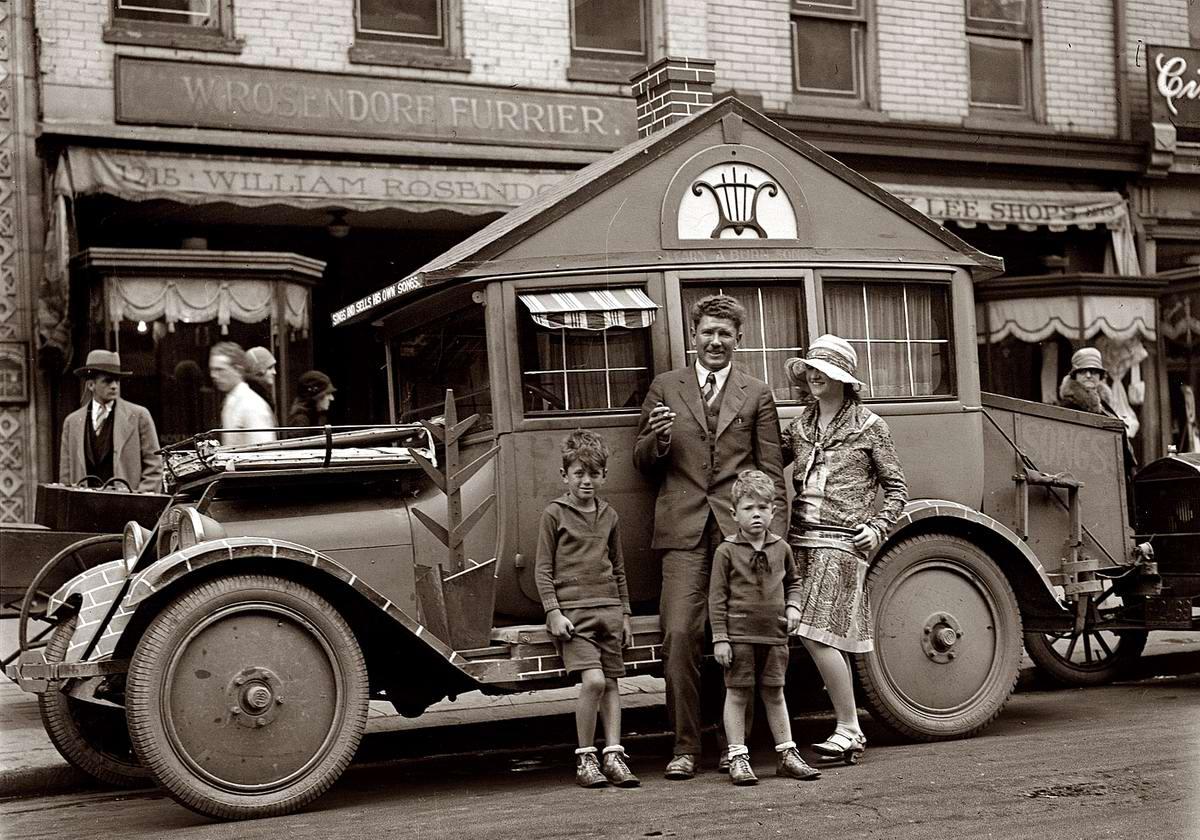 Автомобиль, оформленный в виде дома на колесах (Вашингтон, 1929 год)