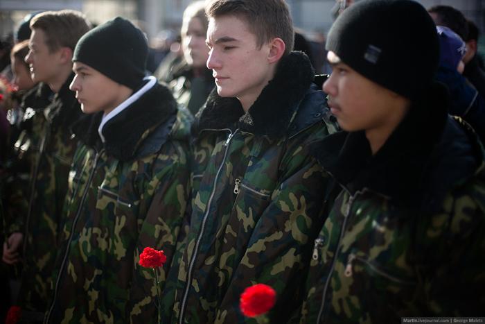 0_b37fe_f8c4f64e_orig В Москве почтили память жертв Норд-Оста (фото)