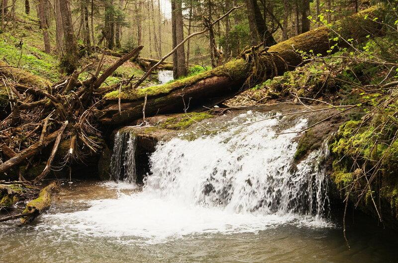 Водопадик на реке мезмай