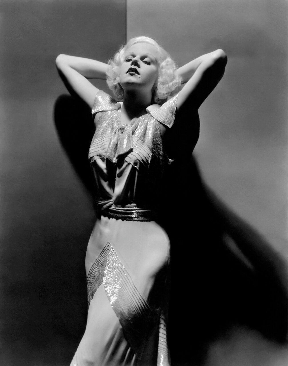6th September 1933: American actress Jean Harlow. (Photo by George Hurrell)