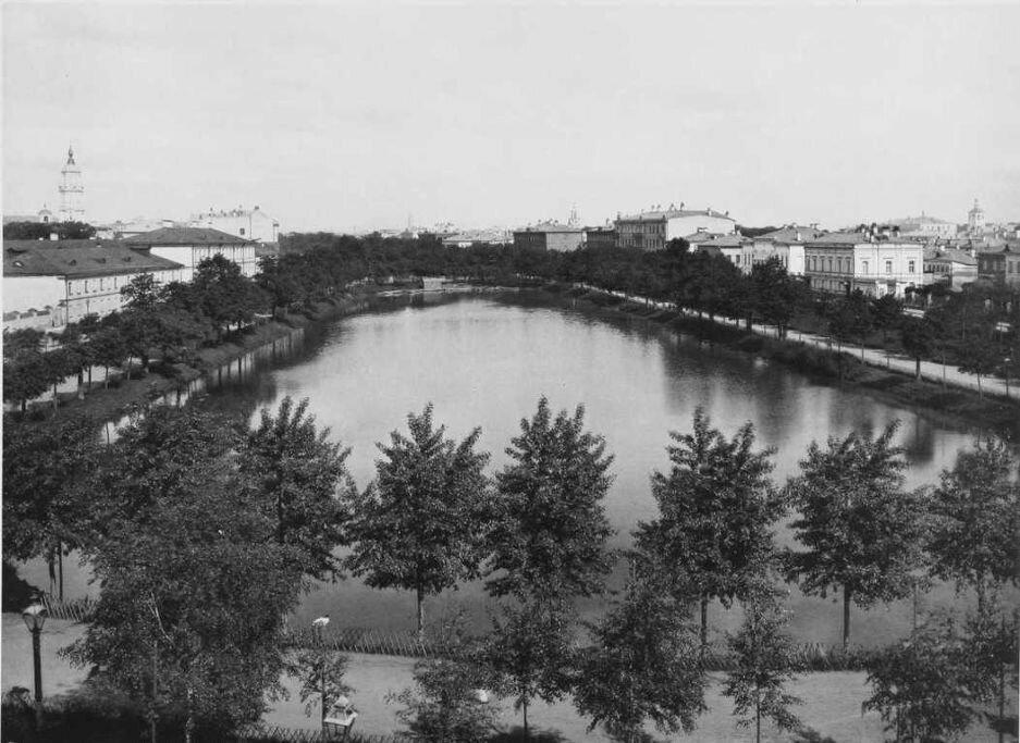 257. Чистый пруд (от Покровки).1888−1890